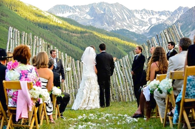 Matrimonio Tema Montagna : Sposarsi in montagna the wedding italia parma