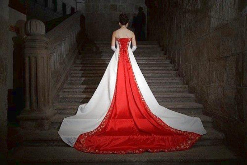Tradizioni Matrimonio Toscana : L anello della promessa the wedding italia